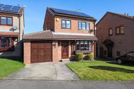 Three Bedroom House 3 Bedroom Houses For Sale In Halfway Sheffield Rightmove
