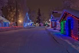 here are the 11 most enchanting magical christmas towns in alaska