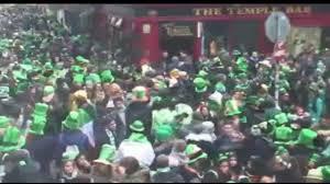 st patrick u0027s day march 17 2015 temple bar dublin ireland
