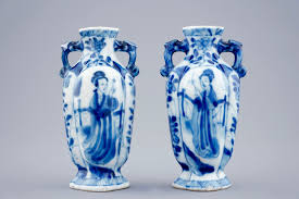 Small White Vases A Pair Of Small Chinese Blue And White Vases With Long Elizas