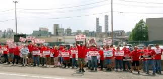 thanksgiving on the picket lines at momentive labor notes
