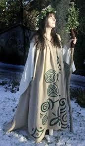 druidic robes resultado de imagen de druid clothing druids
