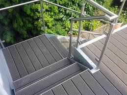 treppen aus metall die besten 25 außentreppe metall ideen auf