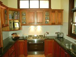 U Shaped Kitchen Designs Layouts Small U Shaped Kitchen Design Inspiration For A Small Traditional