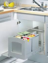 poubelle pour meuble de cuisine accessoire pour meuble de cuisine attrayant poubelle integree