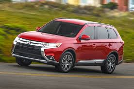 mitsubishi jeep 2016 refreshing or revolting 2016 mitsubishi outlander
