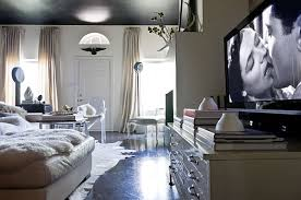 How To Decorate With An Old Hollywood Style - Hollywood bedroom ideas