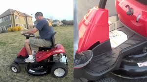 Troy Bilt Neighborhood Rider 30