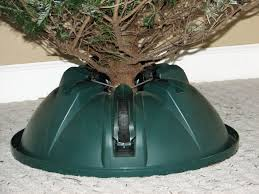 best christmas tree stand selecting the best christmas tree stand
