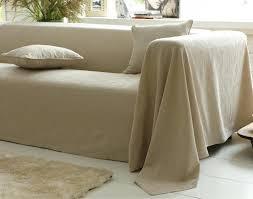 recouvrir canapé canape recouvrir un canape plaid et jetacs piquac de coton