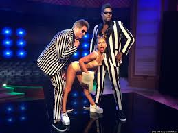 Miley Cyrus Halloween Costume Ideas All The U0027live With Kelly And Michael U0027 Halloween Costumes Michonne