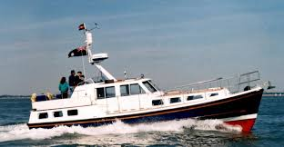 brokerage boats and new linssen boats for sale bucklers hard