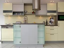 küche einbauen einbau küchen mulleimer kuche ikea einbauen lassen mikrowelle
