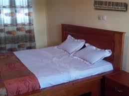 chambre a louer 15 studio meublé f2 à louer yaoundé nkoabang 15 0000fcfa j