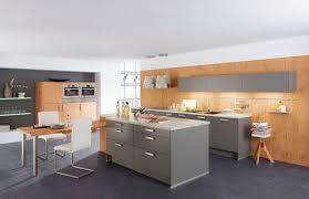 stratifié cuisine cuisine contemporaine en stratifié avec îlot 241 aura 205