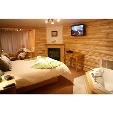 chambre avec bain chambre luxueuse avec bain tourbillon et foyer au gaz auberge