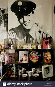 elvis gifts souvenirs memrobilia books posters on sale in