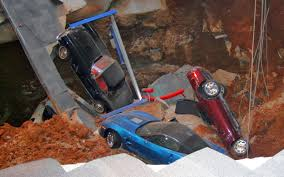 sinkhole collapses at national corvette museum eight corvettes