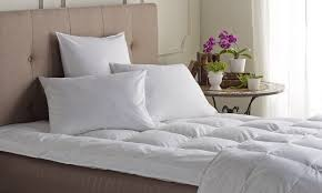 How To Wash Down Feather Comforter 5 Easy Ways To Cleaning A Down Featherbed Overstock Com