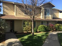 Court Yards Courtyards At Penn Valley Nevada County Awi Apartment Communities