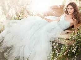 wedding dresses brides 18 colorful wedding dresses for the non traditional brit co