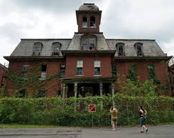 13 creepy stops to make on a haunted tour of upstate ny