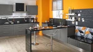 peinture orange cuisine peinture murale cuisine gris taupe avec cuisine blanc gris taupe