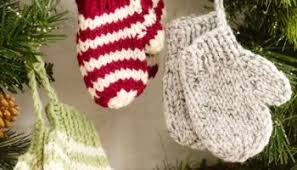 25 advent scarf patterns to knit in time for