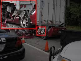 corvette crash keep it at the track horrible corvette crash pics dodge srt