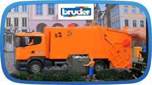 bruder garbage truck scania müllabfuhr 03560 bruder spielwaren thomas
