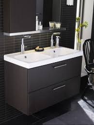 exciting image of modern white and grey bathroom decoration using