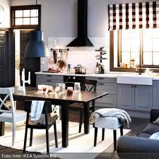 roomido küche industrieleuchte in schwarz weiß gestalteter küche roomido
