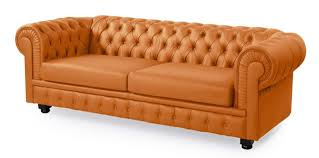 what is chesterfield sofa comfortable leather chesterfield what is a chesterfield sofa tufted