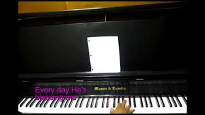 everyday is a day of thanksgiving piano