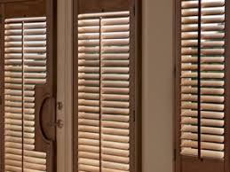 Wooden Plantation Blinds Real Wood Plantation Shutters Or Faux Wood Shutters K To Z