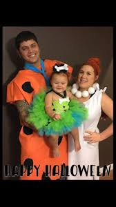 Family Halloween Costumes Ideas by Best 20 Flintstones Family Costumes Ideas On Pinterest Pebbles