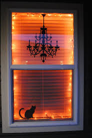 Lighted Christmas Window Decorations by Best 25 Halloween Window Decorations Ideas On Pinterest