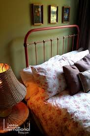 best ideas about chalk paint bed pinterest painted beds simple tutorial using chalk paint metal makeover antique french cast iron