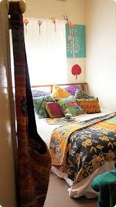 best 25 funky bedroom ideas on pinterest bed with no headboard
