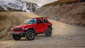 2018 jeep 2018 jeep wrangler drops 200 pounds gains a four cylinder the