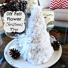diy felt flower christmas tree the happy housie