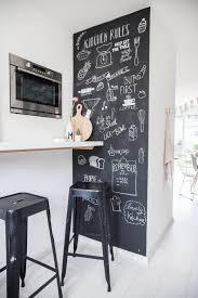 ardoise pour cuisine mur en ardoise l astuce déco et pratique de la cuisine ardoise