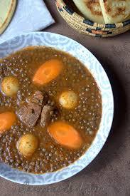 cuisine algeroise soupe de lentilles vertes algérienne en sauce recettes