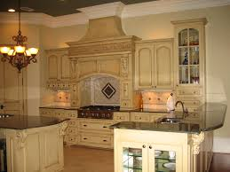 Tuscan Style Furniture by Tuscan Kitchen Cabinets 4 Tuscan Kitchen Ideas With White