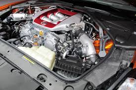 nissan gtr hp 2016 nissan details how its gt r engine is built video