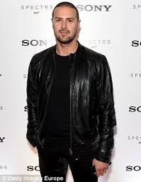 does paddy mcguiness use hair products take me out host paddy mcguinness on daft haircuts and dining with