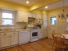 yellow kitchen backsplash ideas kitchen backsplashwhite kitchen backsplash glass tile backsplash
