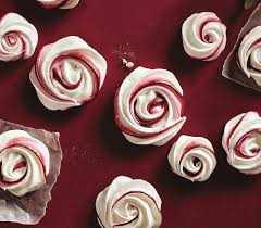 christmas cookies peppermint meringue kisses chatelaine