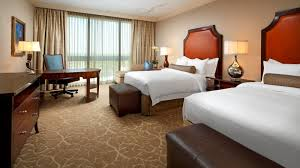 grand luxe guest room luxury hotels in houston the st regis