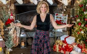 """Candace Cameron Bures Holiday Outfit from Hallmarks """"Miracles of"""